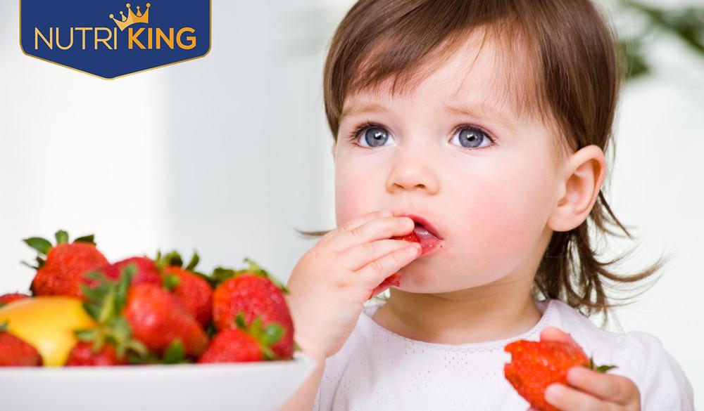 Vì sao trẻ ăn nhiều nhưng mãi không thấy tăng cân?