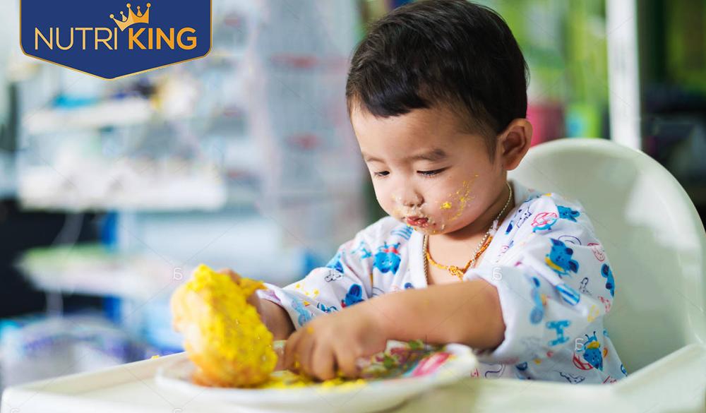 Mách mẹ cách chăm sóc trẻ kém hấp thu chất dinh dưỡng